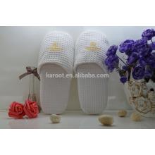white cheap soft personalized waffle hotel slipper