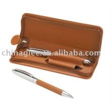 ensemble de stylo-cadeau en cuir