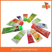 Guangzhou fabricante de impressão por grosso e material de embalagem personalizado auto adesivo adesivo pegajosa impressão de etiquetas multicamadas