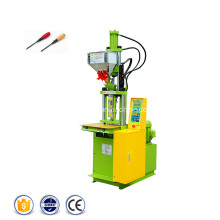 Machine de moulage par injection de tournevis en plastique verticale
