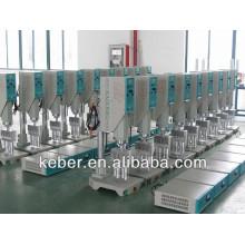Máquina de soldadura por ultrasonidos de tablero automático de alta calidad