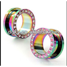Único arco iris perforación oreja túnel