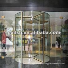 Puerta giratoria de cristal
