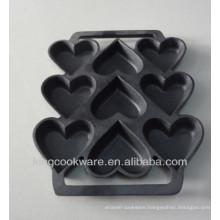 cast iron preseasoned shaped cake mold