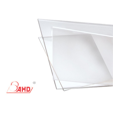 Tấm nhựa Polycarbonate trong suốt