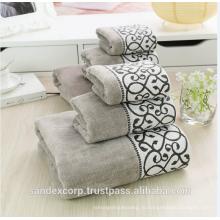 Роскошные банные полотенца