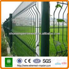 O aço de alta qualidade soldou o esgrima do engranzamento de fio (revestimento do PVC e galvanizado quente do mergulho)