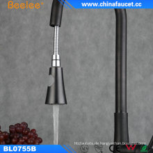 China Küchenarmatur-Kugel ziehen schwarzen Hahn heraus