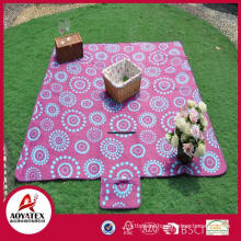 Large size family use dots pattern printed polar fleece picnic mat