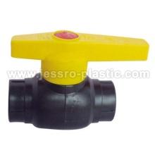 Accesorios de PE PE válvula de bola (núcleo de hierro)