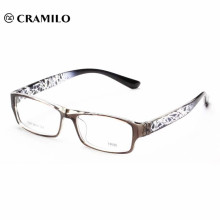 black eyeglasses without nose pads