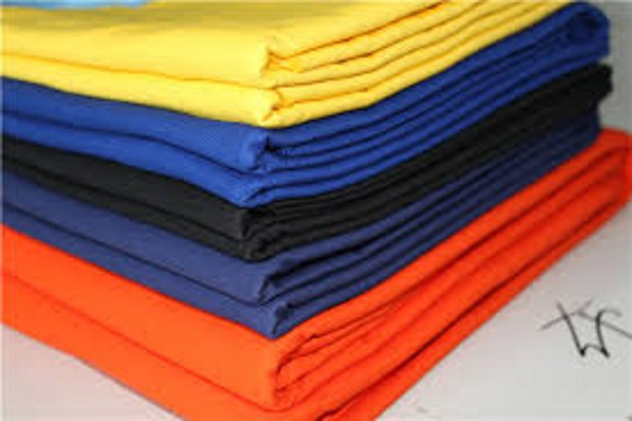 Poplin plain dyed shirt fabric