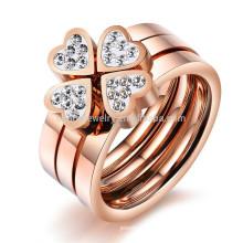 2015 Nueva joyería de trébol anillo de oro rosa con diamantes anillo triple un anillo tres conjuntos de anillo de acero de titanio GJ420 encanta usar