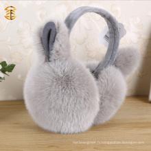 Mains mignonnes d'oreille en peau de lapin véritable avec des oreilles