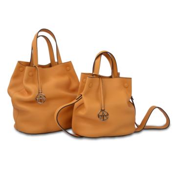 Le sac seau à cordon à la mode est durable