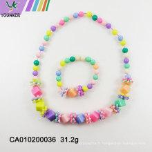 Nouvelles perles de bonbons avec collier de fleurs en perles de cube