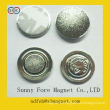customized fashion metal pin badge