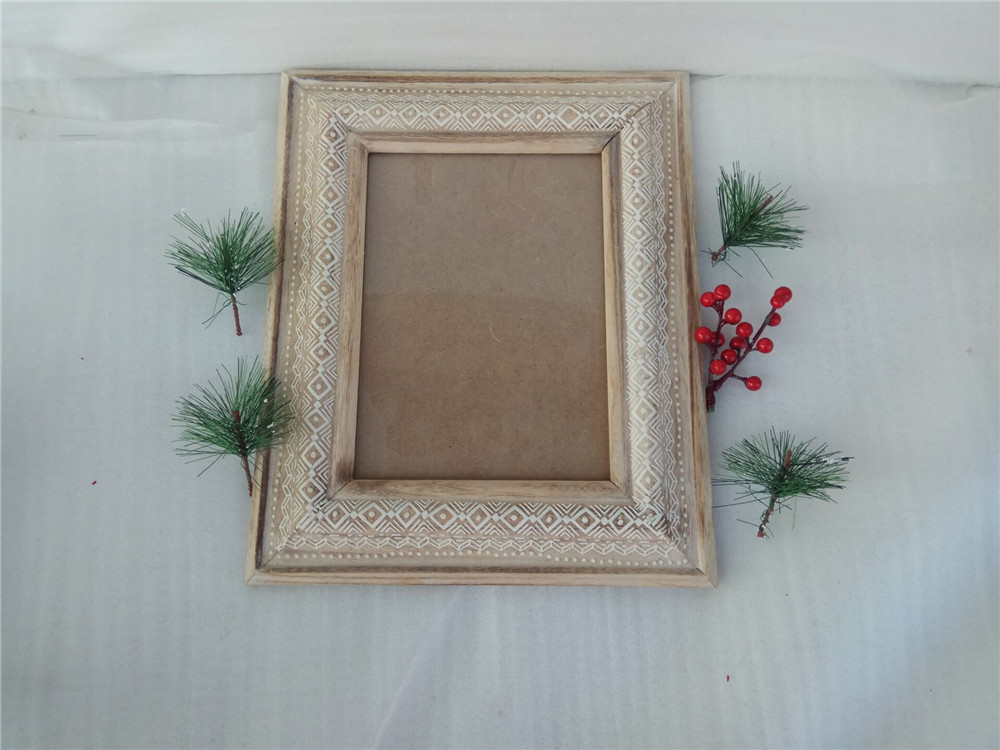 naturally wodoen picture frame