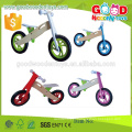Bicicleta de madeira para crianças de venda quente, bicicleta de equilíbrio de madeira popular, bicicleta nova para crianças de moda