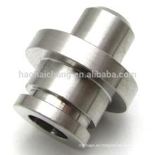 Estampado parte de piezas de alta precisión conector de tubo de acero de alambre eléctrico