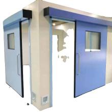 puerta de la sala de operaciones del hospital