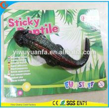 Novedad diseño divertido truco suave pegajoso juguete de cocodrilo