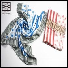 Écharpe imprimée polyester basse en MOQ en stock