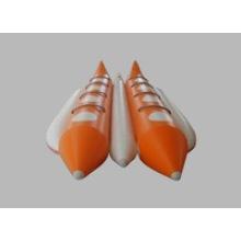 8 pessoa cor laranja banana barco