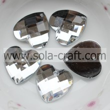 18 mm nieuw ontwerp Crystal Clear Acrylic Lucite Faceted Heart Bead