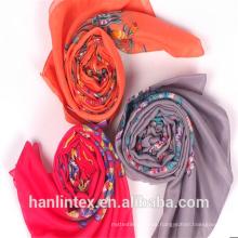100% gesponnenes Polyester-graues Gewebe voile für Schal / 100% gesponnenes Garn Polyester-Gewebe für Schal