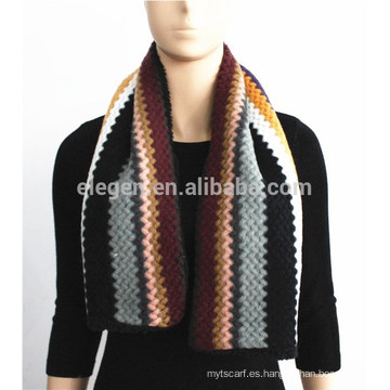 Stripe patrón de punto de acrílico bufanda