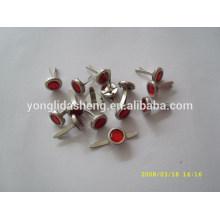 Profesional de fabricación de pasador metálico con varios diseños