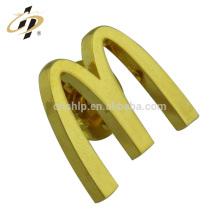 Usine en gros Haute qualité marque en métal personnalisé société logos nom sécurité insigne de revers revers