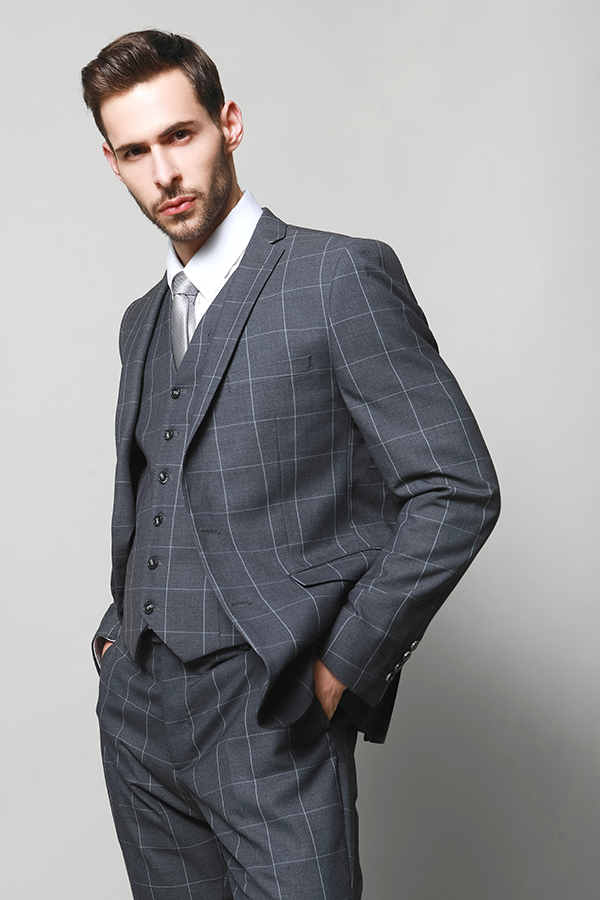 MEN'S MATCHED VEST SUIT GIVE MORE GENTLE LOOKING