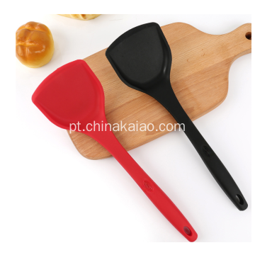 Núcleo de nylon Turner do Cookware do utensílio do silicone do OEM com punho longo