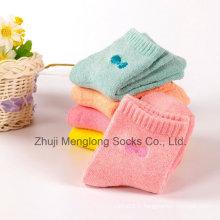Bébé coton chaussettes chaussette en coton nouveau-né avec des chaussettes de coton Embrodiery Bow
