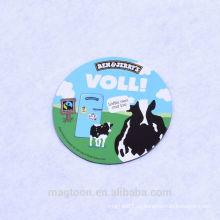 Projeto barato da vaca de leiteria forma redonda favorita dobro ímãs do refrigerador do papel lateral para anunciar