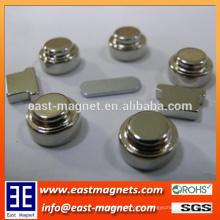 Imán personalizado del neodimio de la forma del botón / modificado para requisitos particulares El perennent formó especial NdFeB / imanes irregulares de la forma del neodimio