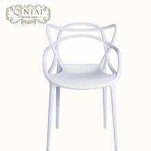 Heißer Verkauf der preiswerten guten Qualität des stapelbaren kreativen Designs weißer hohler Stuhlplastikkatzeohrstuhl