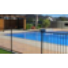 Children like swimmingpool fence