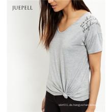Grau gesticktes Slogan-Schulter-BaumwollT-Shirt
