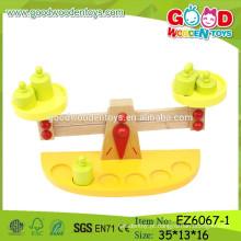 Brinquedo da Escala educacional mais novo de 2015, brinquedo da escala do balanço de madeira, brinquedo do balanço de madeira dos miúdos