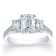 Square Emerald Channel-Set Seitensteine Verlobungsring