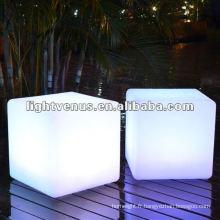 Cube LED super lumineux de 30cm