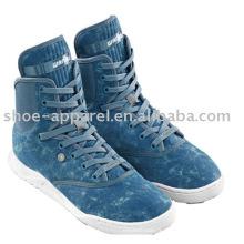 Chaussures en toile de couleur denim