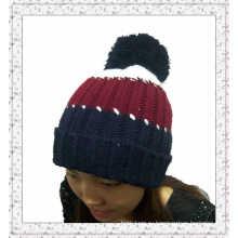 Выполненная на заказ вязаная шапочка-шапочка с полосками (1-3539)