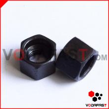 Нестандартные шестигранные гайки черного цвета
