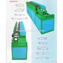Rollladenleiste Formmaschine