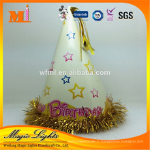 Chapeau de joyeux anniversaire de papier, chapeau de cône pour des enfants