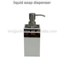 Distributeur de savon à main liquide à essence Hot Sale pour accessoires de salle de bains